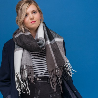 Blanche Check Scarf - Black
